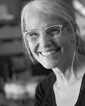 headshot of Carla Sonheim